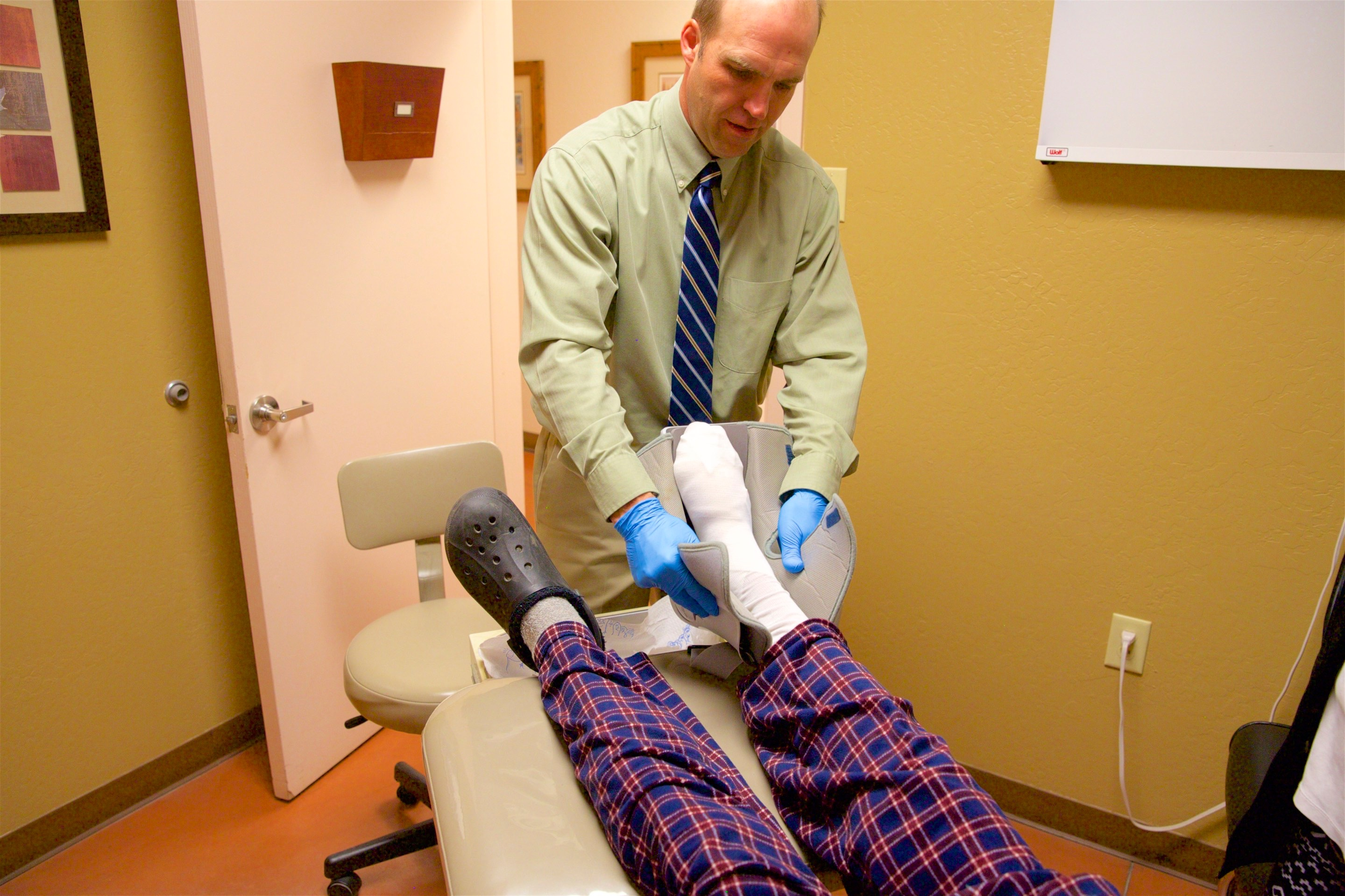 dr scott price prescott valley podiatrist office 2